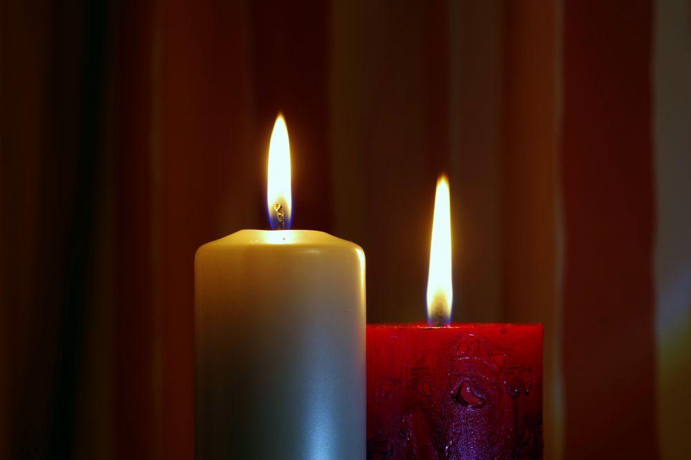 candle-1971071.jpg
